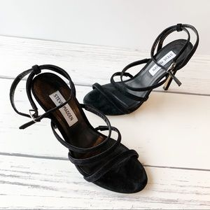 STEVE MADDEN Black Suede Heels